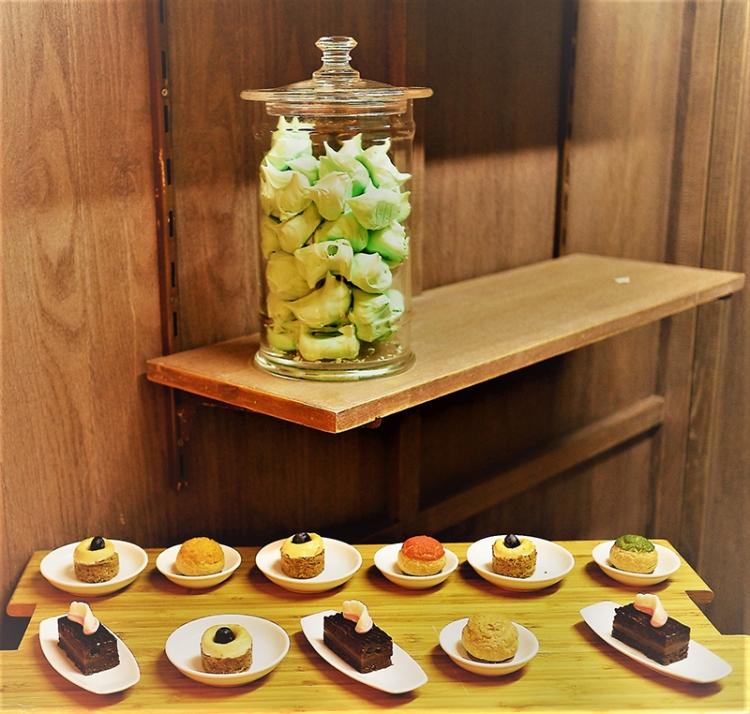 desserts at the Lapita Iftar